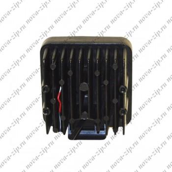 светодиодные-фары-рабочего-света-SFKV-16-48-вид-сзади